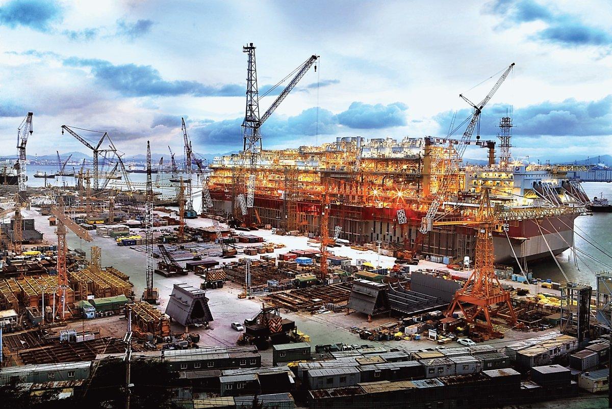Industrial Shipbuilding